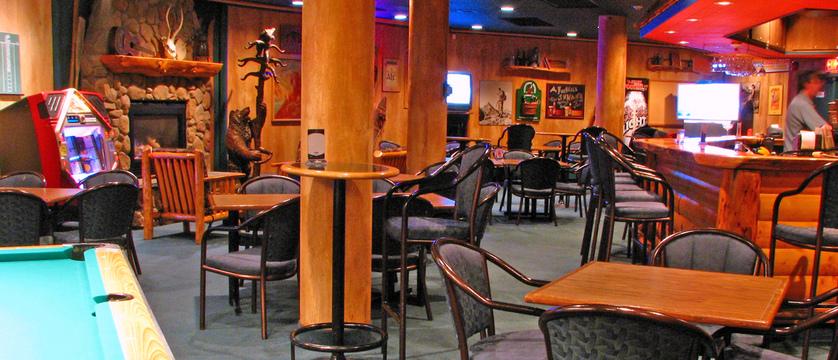 152_Bears_Den_at_the_Inns_of_Banff.jpg